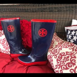 Tory Burch rainboots navy w/ red logo size 9